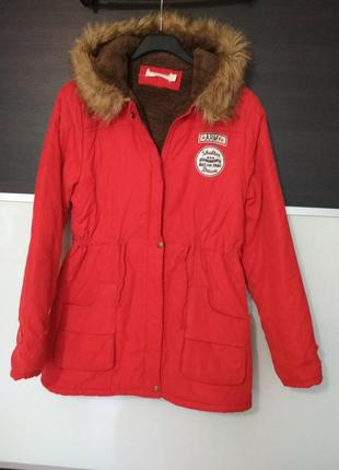 Яркая еврозима красная парка куртка на меху