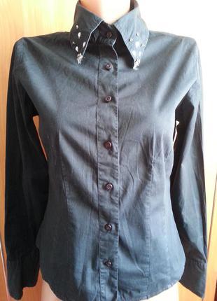 Черная,молодежная, коттоновая рубашка от бренда-sutherland.