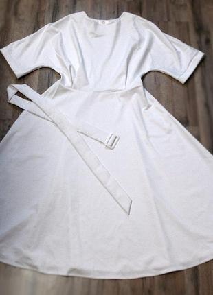 Восхитительное платье из джерси для особого случая