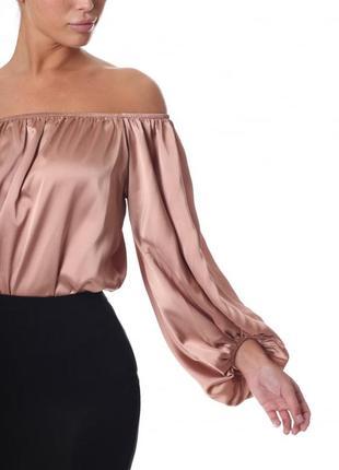 Шикарная блуза боди с открытыми плечами и рукавом фонариком