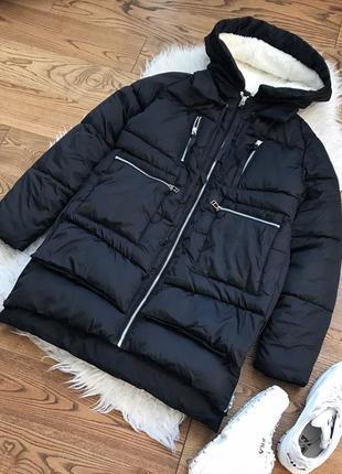 Об'ємна зимова куртка