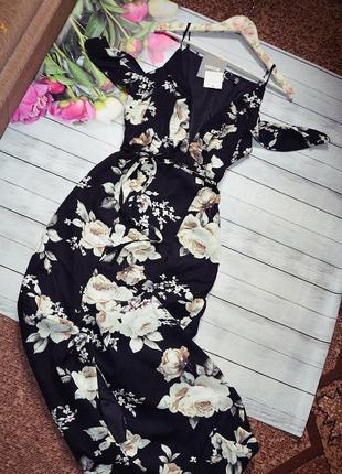 Шикарное макси платье на запах