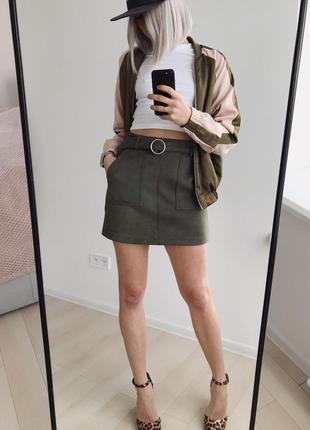 Короткая юбка-трапеция bershka эко замша