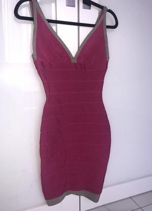 Бандажное платье женское обтягивающее резинка