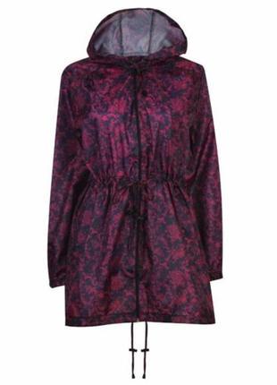 Лёгкая куртка-ветровка,дождевик.
