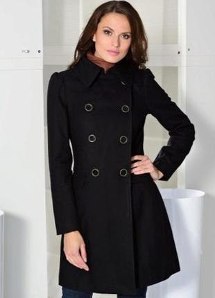 Брендовое демисезонное пальто полупальто с капюшоном и карманами internacionale