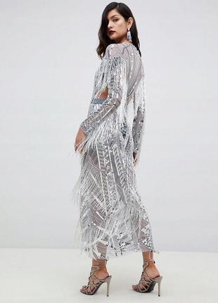 Серебряное платье все в пайетках и бисере с бахромой