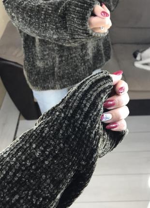 Велюровый свитер3 фото