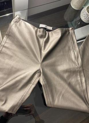 Кожаные штаны mango