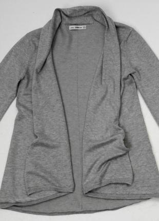 Zara. трикотажный кардиган свободного кроя м размер.