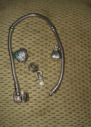 Браслет серебряный pandora  и шармы серебро