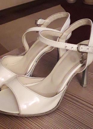 Танго туфли