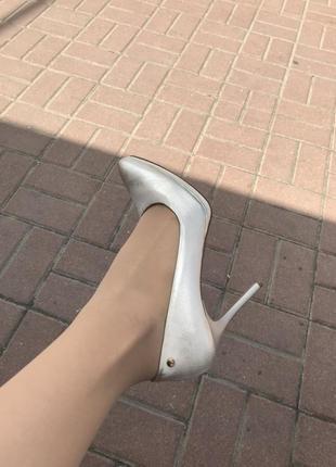 Белые туфли для торжества