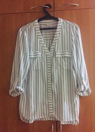 Модная летняя легкая рубашка в полоску с красивой спинкой