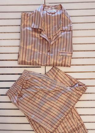 Пижама в полоску мужского кроя