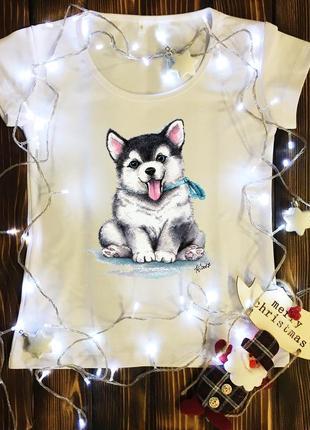 Женская футболка  с принтом - маленький пёсик
