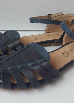 Босоножки, сандалии, без каблука