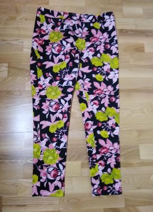 Женские брюки в цветы