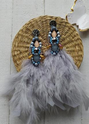 Серьги из перьев и бисера, ручной работы