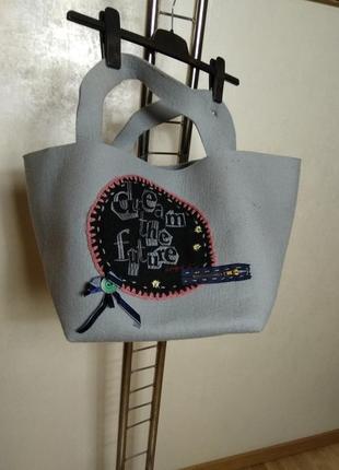 Женская сумка из фетра