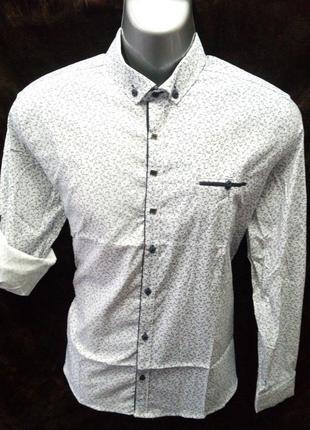 Акция!!! турецкая молодежная белая рубашка с синим рисунком.