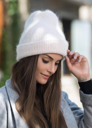 Женская зимняя шапка-бини: белая 2189