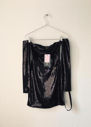 Роскошное вечернее платье в черных пайетках, сияет, силуэтное со спущенными плечами, plt 💔6 фото