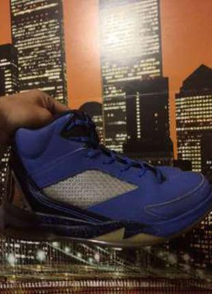 Баскетбольные кроссовки nike air jordan flight remix