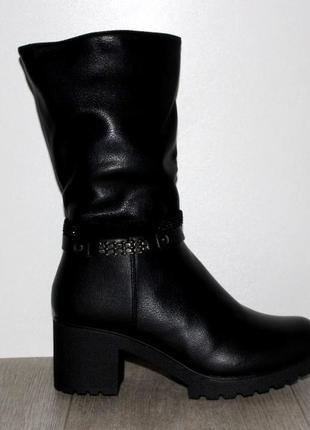 Женские зимние черные полусапоги средний каблук