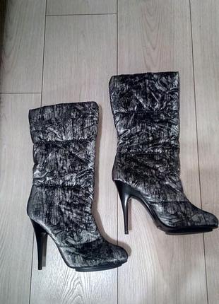 Дутые ботинки/ сапоги на каблуке paolo conte