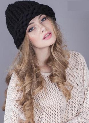 Шапка объёмная шапочка из шерсти черная крупной вязки новая