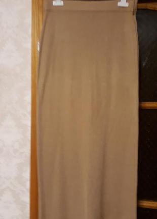 Юбку нарядную трикотажную  италия
