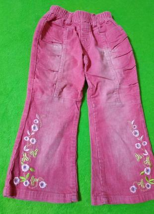 Вельветовые розовые штаны на 4 года.