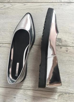 Серебристые туфли лодочки лоферы балетки zara