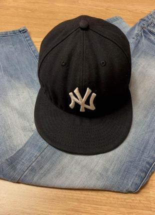 Фирменная мужская кепка new era,черная бейсболка