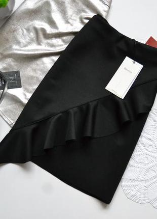 Bershka юбка міні класична з воланчиком