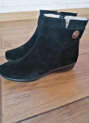 Элегантные зимние ботинки inblu. натуральная замша.