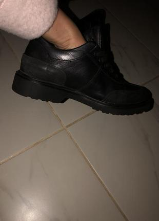 Туфли женские {кожа}.