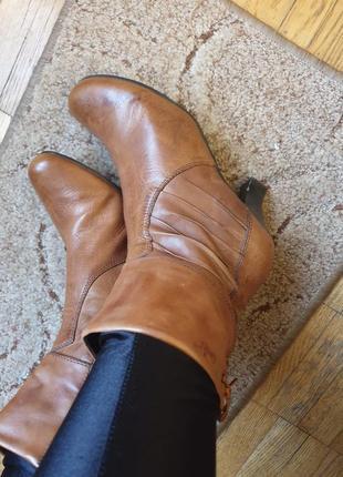 Стильные удобные фирменные ботинки боты ботильоны