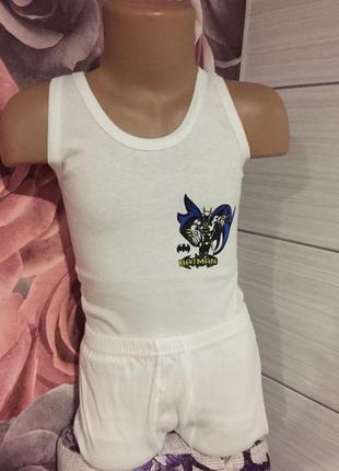 Новый комплект для мальчика-бетмен,на 6 лет (майка и трусы ) на 6 лет
