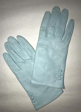 Женские кожаные перчатки на подкладке