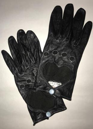 Женские кожаные перчатки с перфорацией без подкладке