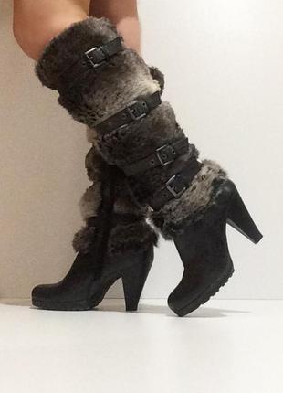 Женские кожаные зимние черные высокие сапоги marco tozzi с меховой халявкой на каблуке