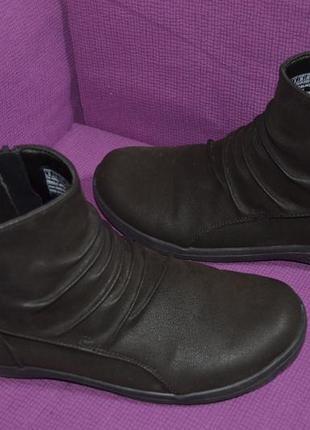 Полу сапоги, ботинки skechers 39 р.