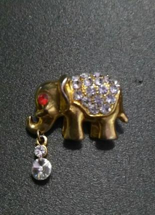 Брошь-слоник