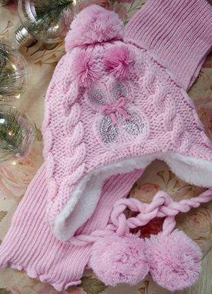 Оригинальный зимний польский набор, шапка на завязках и шарф вязка
