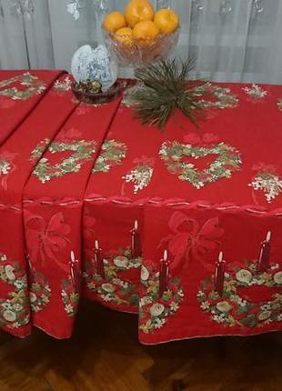 Шикарная большая новогодняя скатерть ,винтаж ,германия