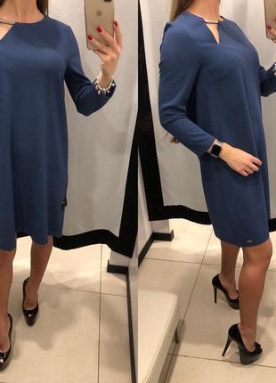 Синее платье с украшением платье трапеция mohito размер xs