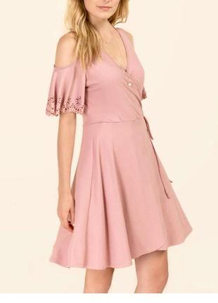 Пудровое платье francesca's