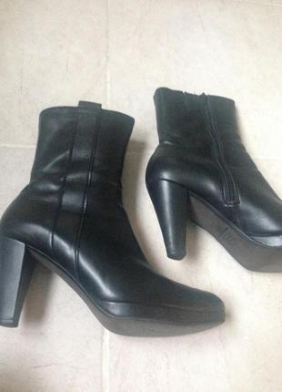 Зимние кожаные немецкие полусапожки ботинки